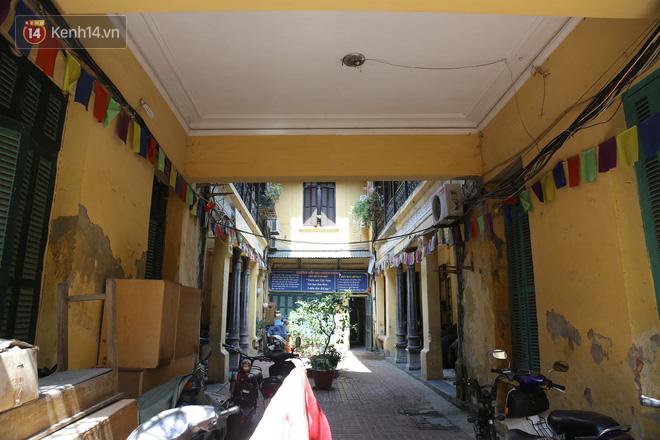 Ngắm ngôi biệt thự 800m2 của đại gia giàu nhất phố cổ Hà Nội một thời, từng xuất hiện trên nhiều bộ phim nổi tiếng - ảnh 4