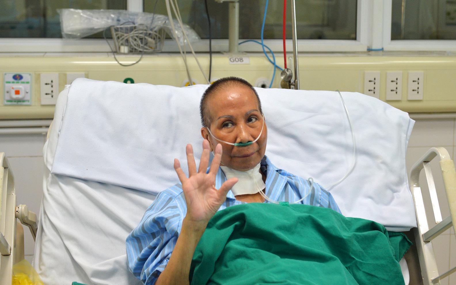 Tin vui: Bác gái bệnh nhân 17 được công bố khỏi Covid-19
