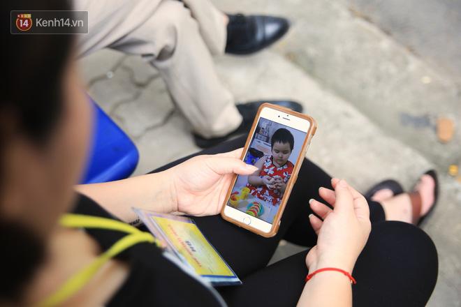 """Bé gái 8 tuổi bị ung thư máu buộc phải ghép tuỷ: """"Con ước đây chỉ là giấc mơ thôi mẹ, tỉnh dậy con sẽ khỏe mạnh như trước"""" - Ảnh 10."""