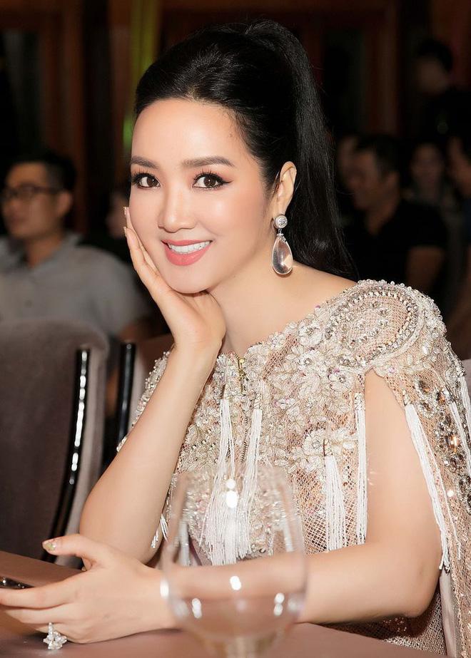 Bất ngờ với danh sách những sao Việt nói được nhiều ngoại ngữ ngoài Tiếng Anh: Trấn Thành, Min, Lan Khuê... đỉnh hơn? - ảnh 4