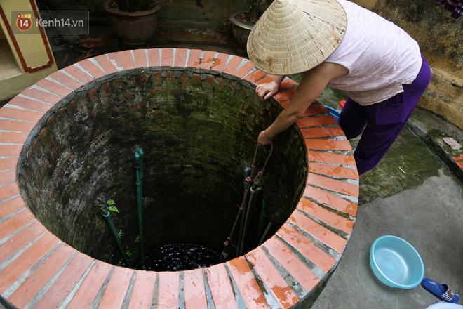 """Lạ kỳ giếng cổ quanh năm nước trong xanh, mát lạnh giữa lòng Hà Nội: """"Những cụ cao tuổi nhất cũng không biết giếng có từ bao giờ"""" - ảnh 3"""