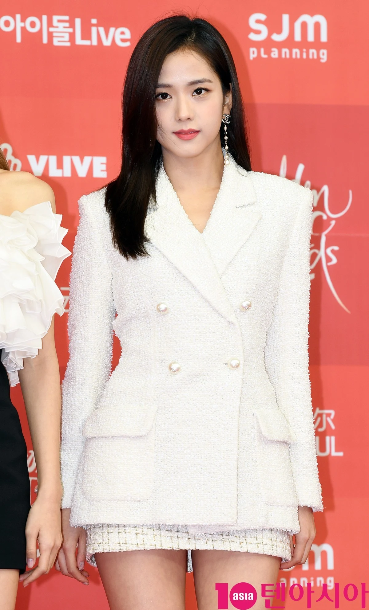 Nhiều người chê Jisoo xinh mà nhạt nhưng nếu cô thật sự để kiểu tóc này thì dân tình sẽ phải câm nín vì quá chất - Ảnh 5.