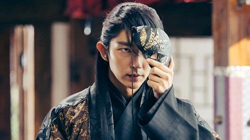 SUGA (BTS) ra MV như bom tấn khiến fan đồng loạt gọi hồn KINGDOM lẫn Tứ Hoàng Tử Wang So của Người Tình Ánh Trăng - Ảnh 3.