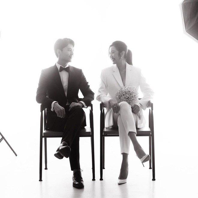 Ảnh cưới style cực nam tính của Thúy Vân được hé lộ, ngày cưới chính thức vẫn là ẩn số - ảnh 2