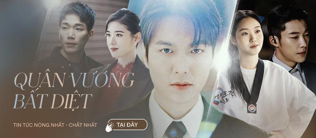 Quân Vương Bất Diệt tập 12 ngập trong plot twist, Lee Min Ho đi ngược thời gian trở về tặng hoa cho Kim Go Eun - ảnh 9