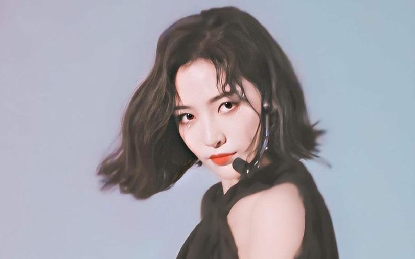 Nữ thần tóc ngắn Hứa Giai Kỳ tiếp tục gây sốt với loạt ảnh xinh đẹp đỉnh cao trên sân khấu kết hợp với Thái Từ Khôn