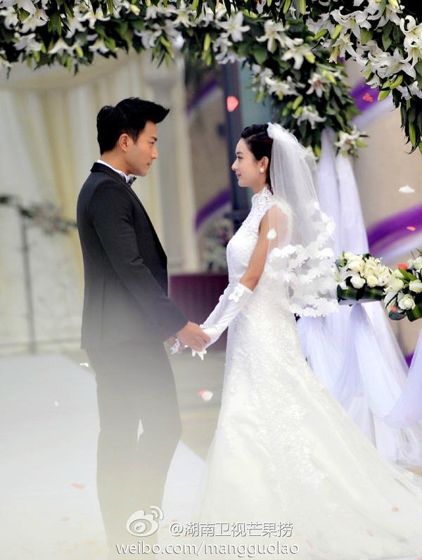 9 cô dâu nhan sắc đỉnh bức người ở màn ảnh Hoa ngữ: Cứ nghĩ thần thái là thế nhưng Địch Lệ Nhiệt Ba vẫn chưa phải đỉnh nhất nha! - ảnh 26