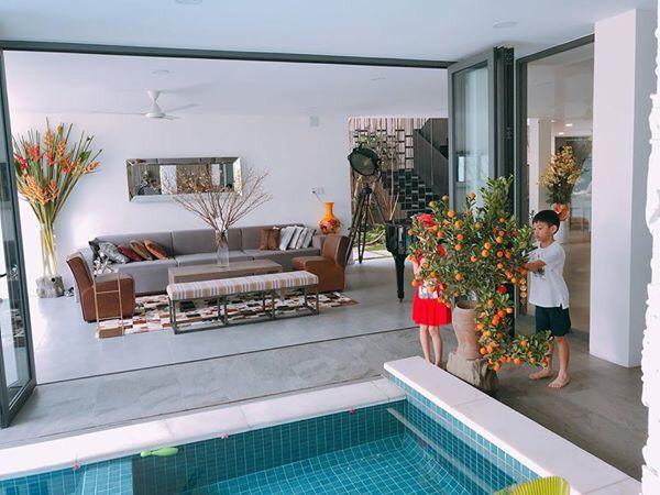 Khối tài sản của hội mỹ nhân Vbiz sinh con năm Chuột vàng: Ở nhà sang đi xế xịn, choáng nhất nữ ca sĩ chi 21 tỷ mua trang sức - ảnh 2