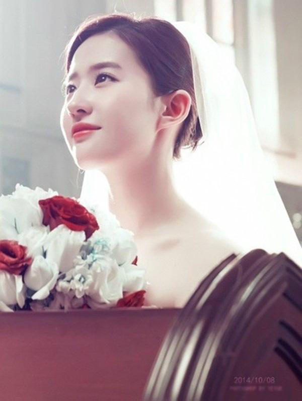 9 cô dâu nhan sắc đỉnh bức người ở màn ảnh Hoa ngữ: Cứ nghĩ thần thái là thế nhưng Địch Lệ Nhiệt Ba vẫn chưa phải đỉnh nhất nha! - ảnh 14