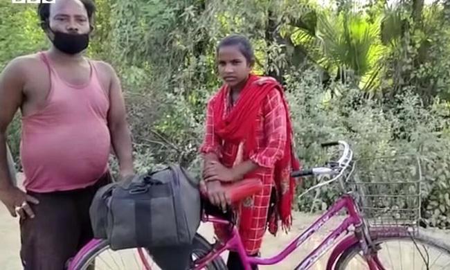 Bức ảnh bé gái 15 tuổi đạp xe 1.200km đưa bố về quê gây bão MXH và câu chuyện khiến mọi người vừa thương vừa nể phục - ảnh 4