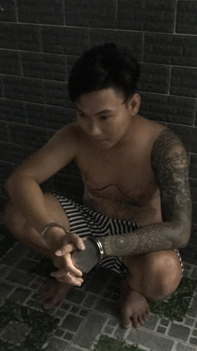 Bắt giam chủ khách sạn để 57 nam nữ tổ chức tiệc ma túy - ảnh 2