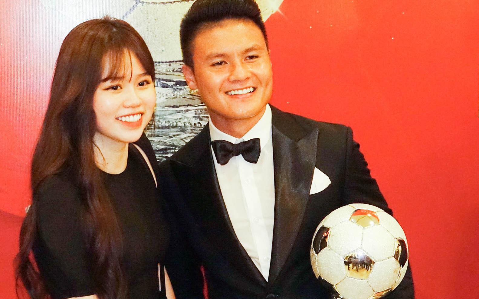 """Bạn gái Quang Hải hứa không """"ké fame"""" quảng cáo kem trộn, cố học hỏi để người yêu tự hào về mình"""