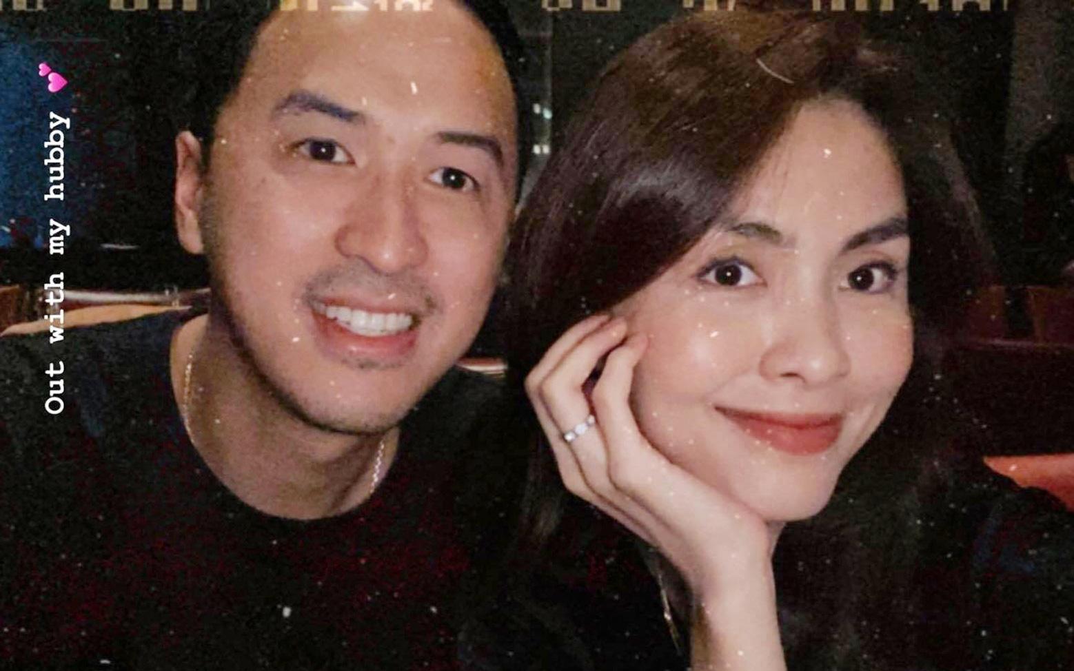 Lâu lắm rồi mới thấy Hà Tăng đăng ảnh bên ông xã đại gia: Sau hơn 10 năm yêu vẫn giản dị và ngọt ngào quá!