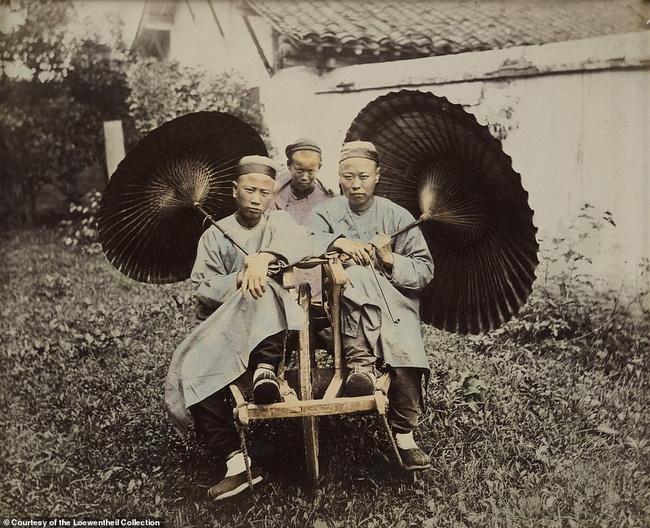 Loạt ảnh triều nhà Thanh nửa cuối thế kỷ 19: Khoảng cách giữa giới thượng lưu, trung lưu và bình dân khiến người xem phải ngỡ ngàng - ảnh 3