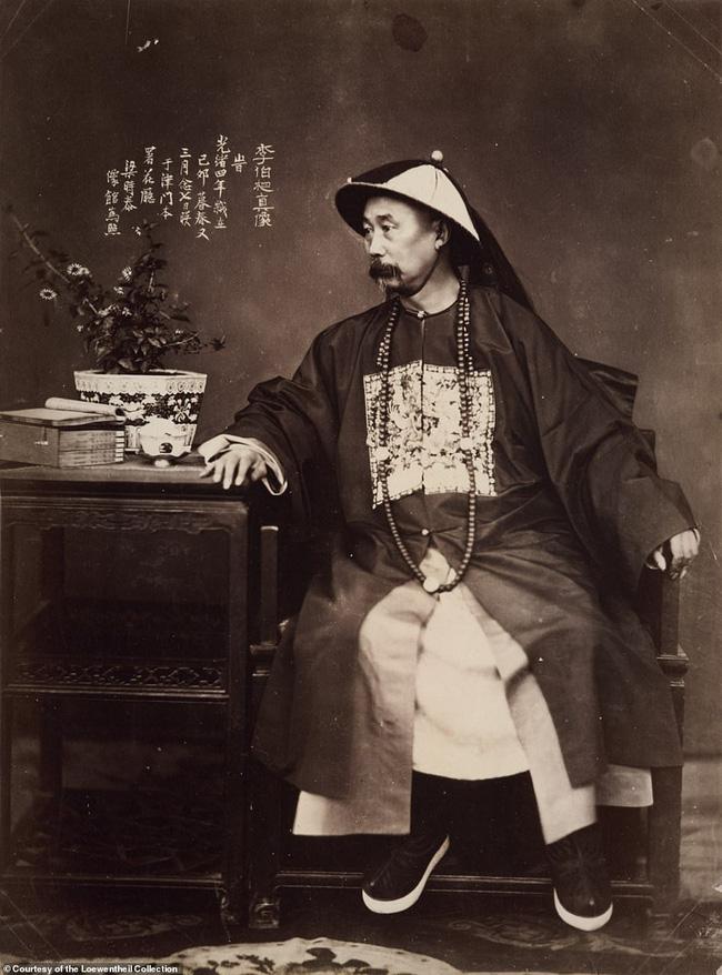 Loạt ảnh triều nhà Thanh nửa cuối thế kỷ 19: Khoảng cách giữa giới thượng lưu, trung lưu và bình dân khiến người xem phải ngỡ ngàng - ảnh 8