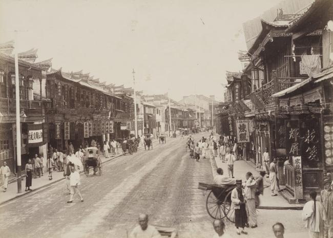 Loạt ảnh triều nhà Thanh nửa cuối thế kỷ 19: Khoảng cách giữa giới thượng lưu, trung lưu và bình dân khiến người xem phải ngỡ ngàng - ảnh 10
