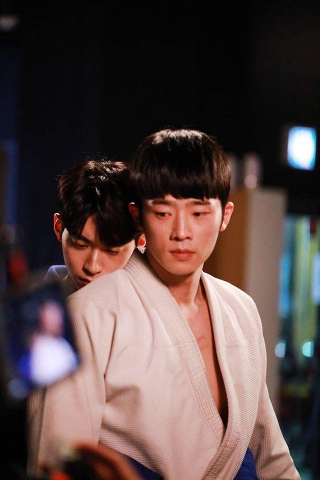 Web drama đam mỹ đầu tiên của Hàn Quốc sốt xình xịch vì cặp đôi cậu chủ - vệ sĩ quá tình tứ - Ảnh 9.