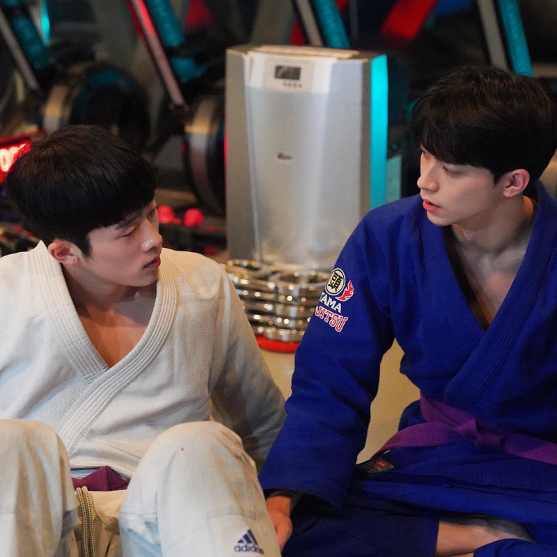 Web drama đam mỹ đầu tiên của Hàn Quốc sốt xình xịch vì cặp đôi cậu chủ - vệ sĩ quá tình tứ - Ảnh 5.