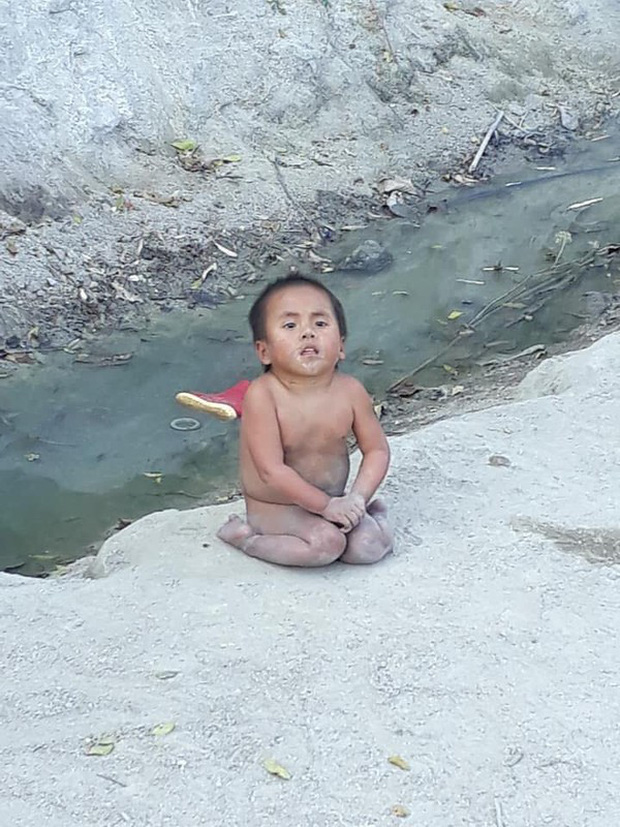 Cổ tích giữa đời thường: Những em bé thay đổi cuộc đời nhờ phép màu lòng tốt của cộng đồng - Ảnh 1.