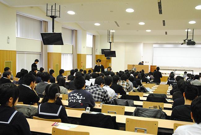 Cuộc chiến thi Đại học ở quốc gia nào khốc liệt nhất? - ảnh 3
