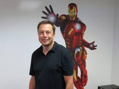 Nếu Tim Cook là bậc thầy kinh doanh, thì Elon Musk là bậc thầy về quảng cáo, mặc dù chưa từng chi dù chỉ 1 xu cho nó - ảnh 8