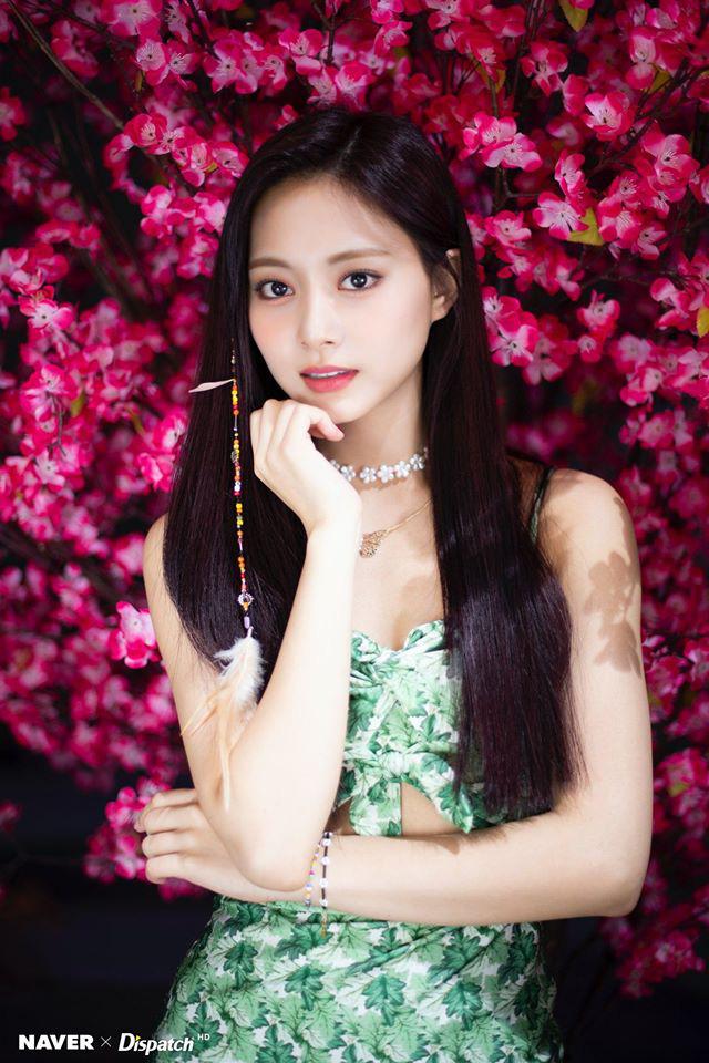 Twice lột xác phi thường với style mới nhưng mỹ nhân khiến netizen ấn tượng nhất không phải Tzuyu mà là người này - ảnh 3