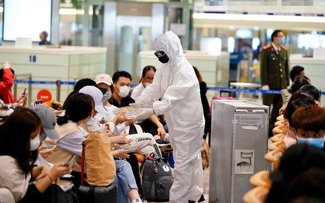 Người phụ nữ nghi nhiễm COVID-19 đi đường mòn từ Trung Quốc về Việt Nam còn sốt nhẹ, âm tính lần 2 với SARS-COV-2