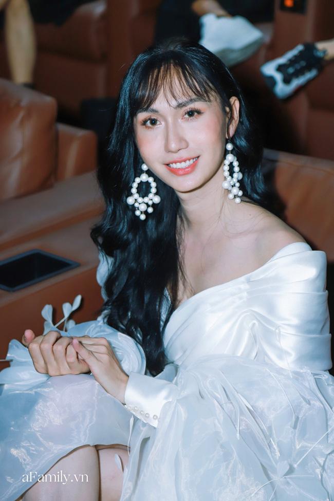 Lynk Lee đụng váy với Ninh Dương Lan Ngọc: Người phiêu du như tiên nữ, người gây ấn tượng với phụ kiện nổi bật - Ảnh 3.