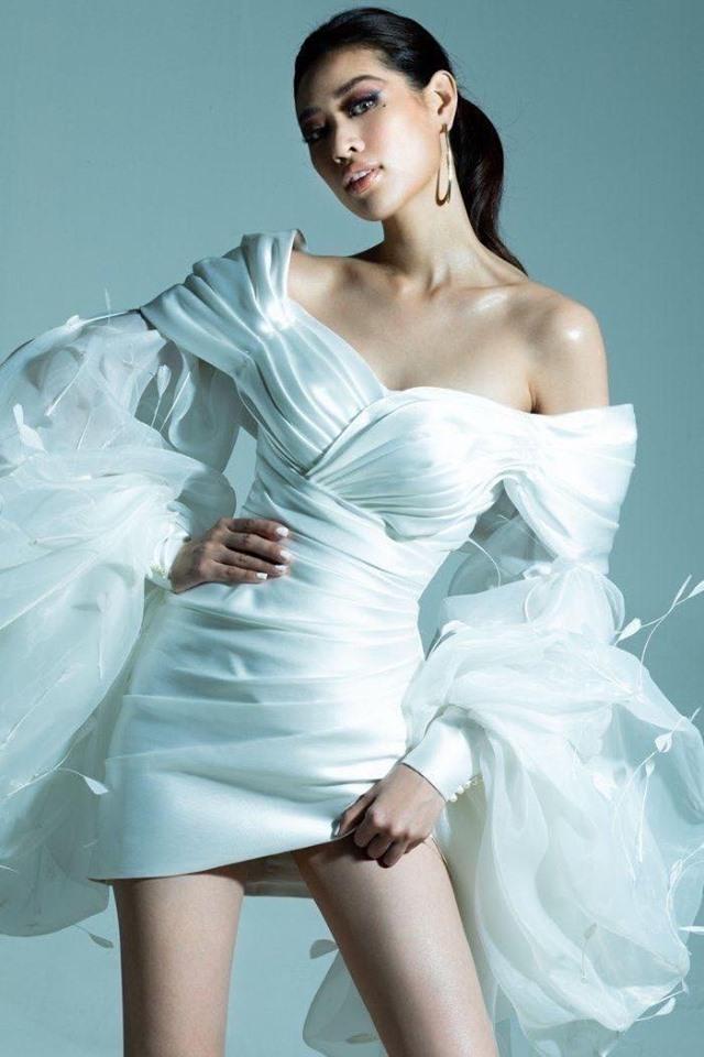 Lynk Lee đụng váy với Ninh Dương Lan Ngọc: Người phiêu du như tiên nữ, người gây ấn tượng với phụ kiện nổi bật - Ảnh 8.