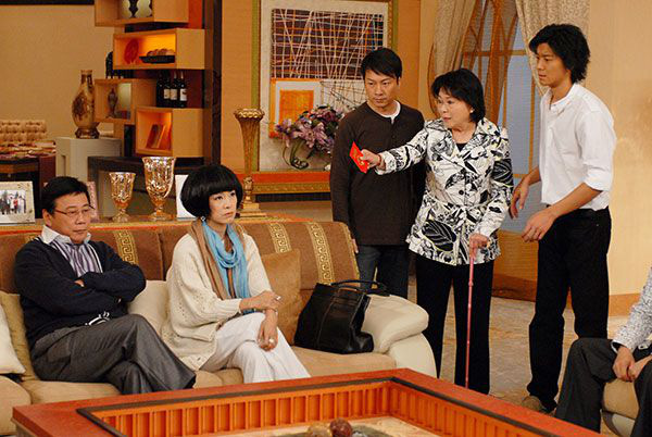 4 phim gia đấu căng không kém drama chủ sòng bài Macau: Năm bà vợ chiến nhau vì chuyện thừa kế, nghĩ mà mệt giùm! - ảnh 4
