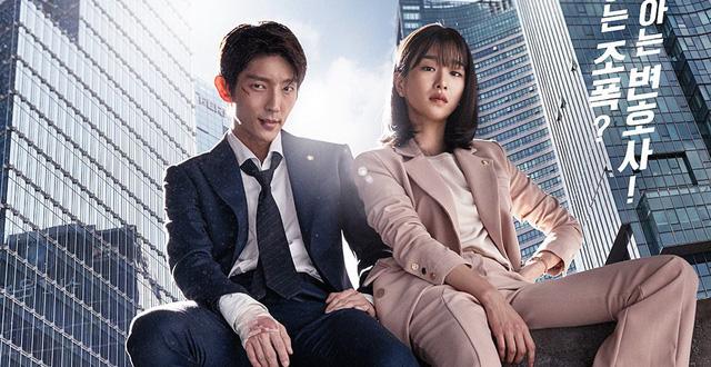 Ngạc nhiên chưa, khùng nữ thích là đánh Seo Ye Ji ở Điên Thì Có Sao ngoài đời lại là cảnh sát thứ thiệt! - ảnh 6