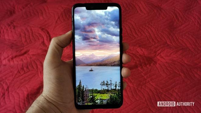 Tại sao chỉ một hình ảnh nền lại có thể biến chiếc smartphone Android thành cục gạch? - ảnh 2
