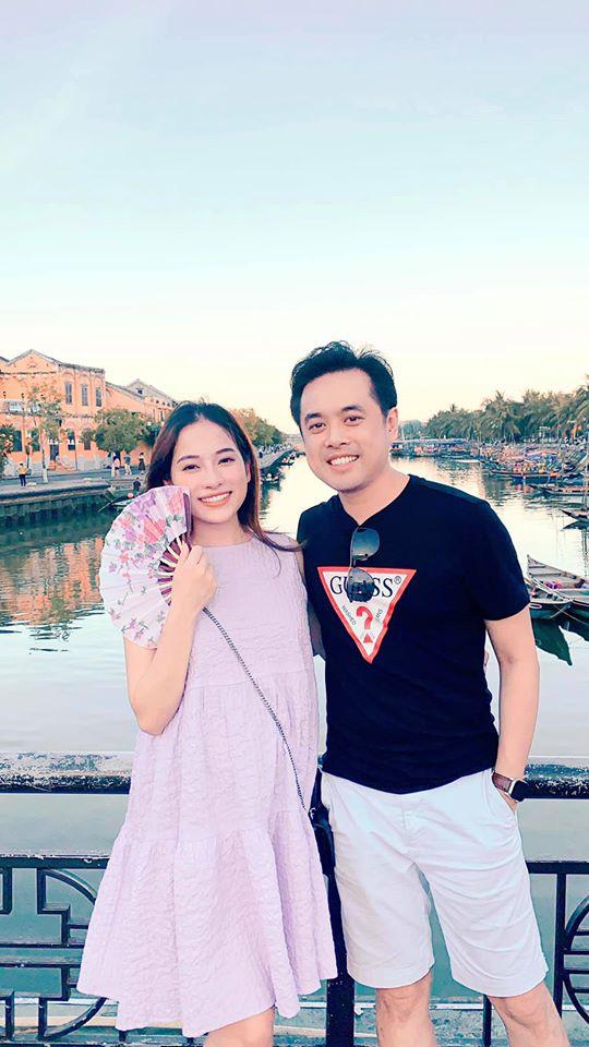 Sara Lưu khoe khoảnh khắc ông xã làm điều đặc biệt cùng 2 nhóc tỳ trong bụng: Hạnh phúc đơn giản là đây! - ảnh 2