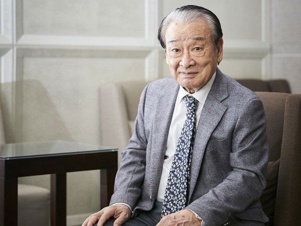 60 năm sự nghiệp diễn xuất của ông nội quốc dân Lee Soon Jae: Scandal toàn hạng nặng từ tham gia dị giáo đến bóc lột trợ lý - ảnh 1
