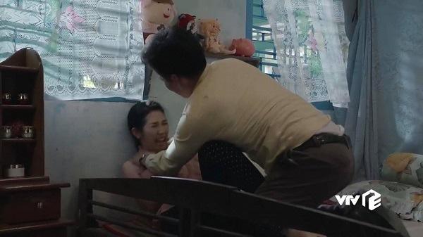 Gặp ai như 4 gã chồng đánh vợ như cơm bữa trên phim Việt sau đây, thì chị em thà ế cả đời còn hơn! - ảnh 13