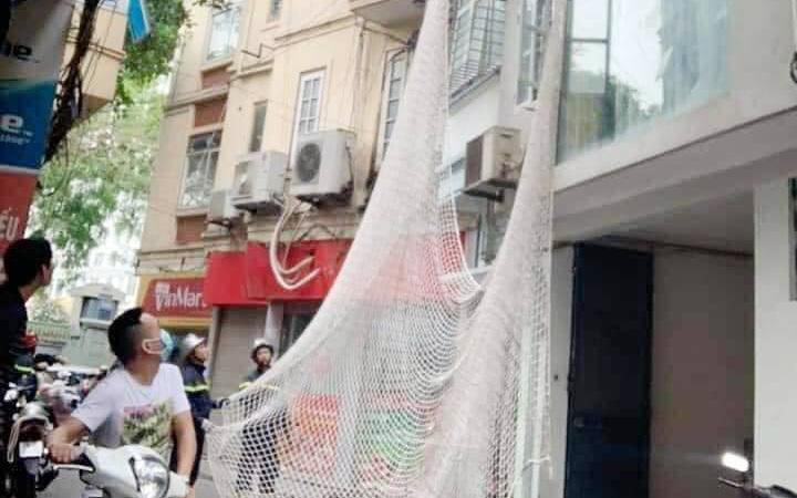 Hà Nội: Giăng lưới bên dưới tòa nhà cao tầng, bắt kẻ trốn truy nã đặc biệt nguy hiểm