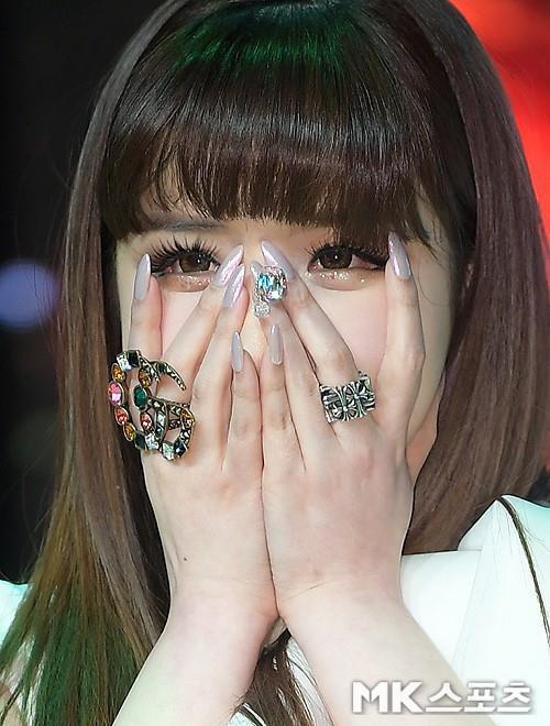Nữ idol bất hạnh Park Bom: Trầm cảm trước cái chết của bạn, bị gắn mác tội phạm và điều kỳ diệu ở phía cuối con đường - ảnh 14