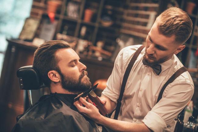 Barber là gì và những bí mật thú vị về 6000 năm lịch sử của nghề cắt tóc nam - Ảnh 2.