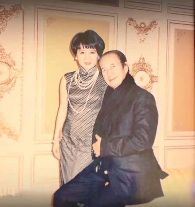 Tiết lộ ảnh riêng tư của ông trùm sòng bạc Macau: Sủng bà Tư tới tận mây xanh, chuyện tình khiến Cnet choáng ngợp - ảnh 8