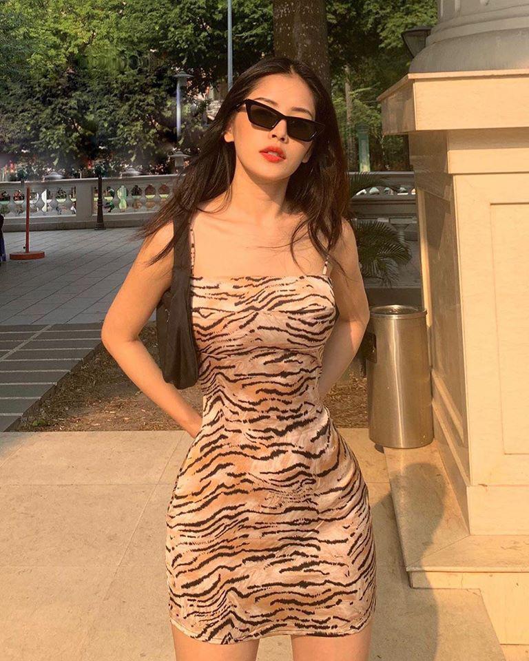 Hội idol từ Hàn đến Việt đều sexy hết nút nhờ váy hai dây, có kén dáng khó nhằn thì dân tình vẫn muốn đu theo - Ảnh 4.