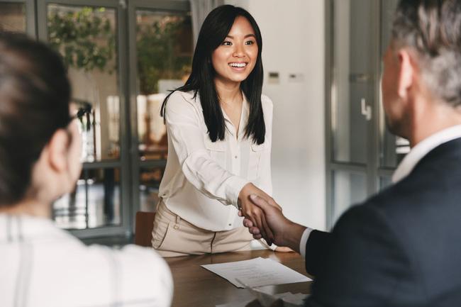 """Không sở hữu chiếc CV đẹp như mơ, ứng viên vẫn có thể """"mê hoặc"""" nhà tuyển dụng bằng 7 câu hỏi này - ảnh 4"""
