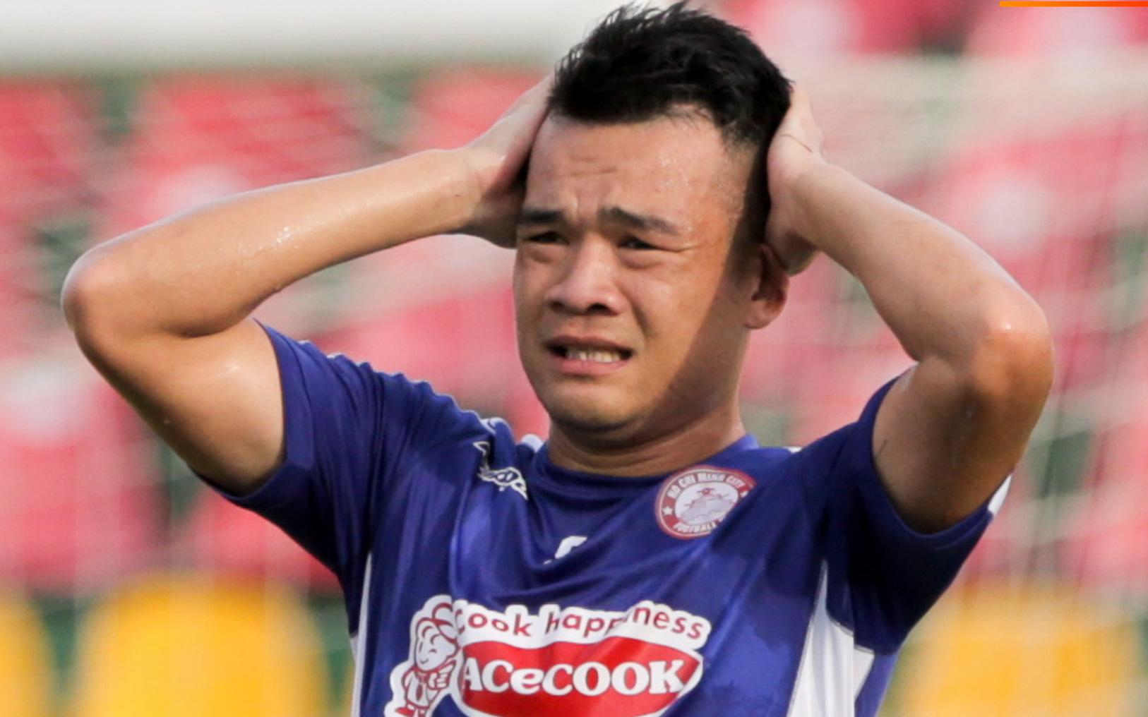 """Những lần cầu thủ Việt Nam gặp chuyện dở khóc dở cười, """"hớ nặng"""" vì ngỡ được lên ĐTQG"""