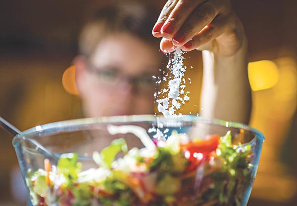 Gan sợ nhất 4 thứ màu trắng, bạn nên ăn 2 loại thực phẩm giúp gan khỏe mạnh hơn - ảnh 2