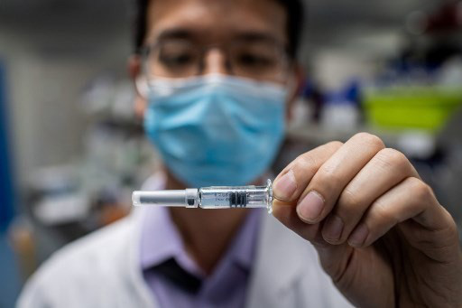 Thái Lan tiến hành thử nghiệm vaccine Covid-19 trên người vào tháng 11 - ảnh 1