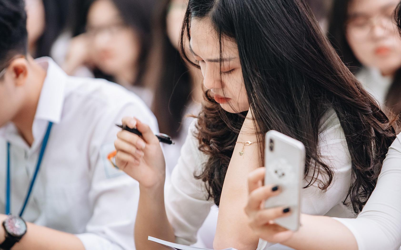 Lịch thi vào lớp 10 chi tiết tại Hà Nội, TP. HCM và Đà Nẵng