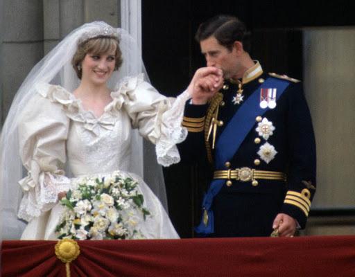 Camilla Parker Bowles: Từ cô tiểu thư sinh ra đã 'ngậm thìa bạc', bà cố là nhân tình khét tiếng của Vua cho đến 'người thứ 3 bị ghét nhất nước Anh' - ảnh 4