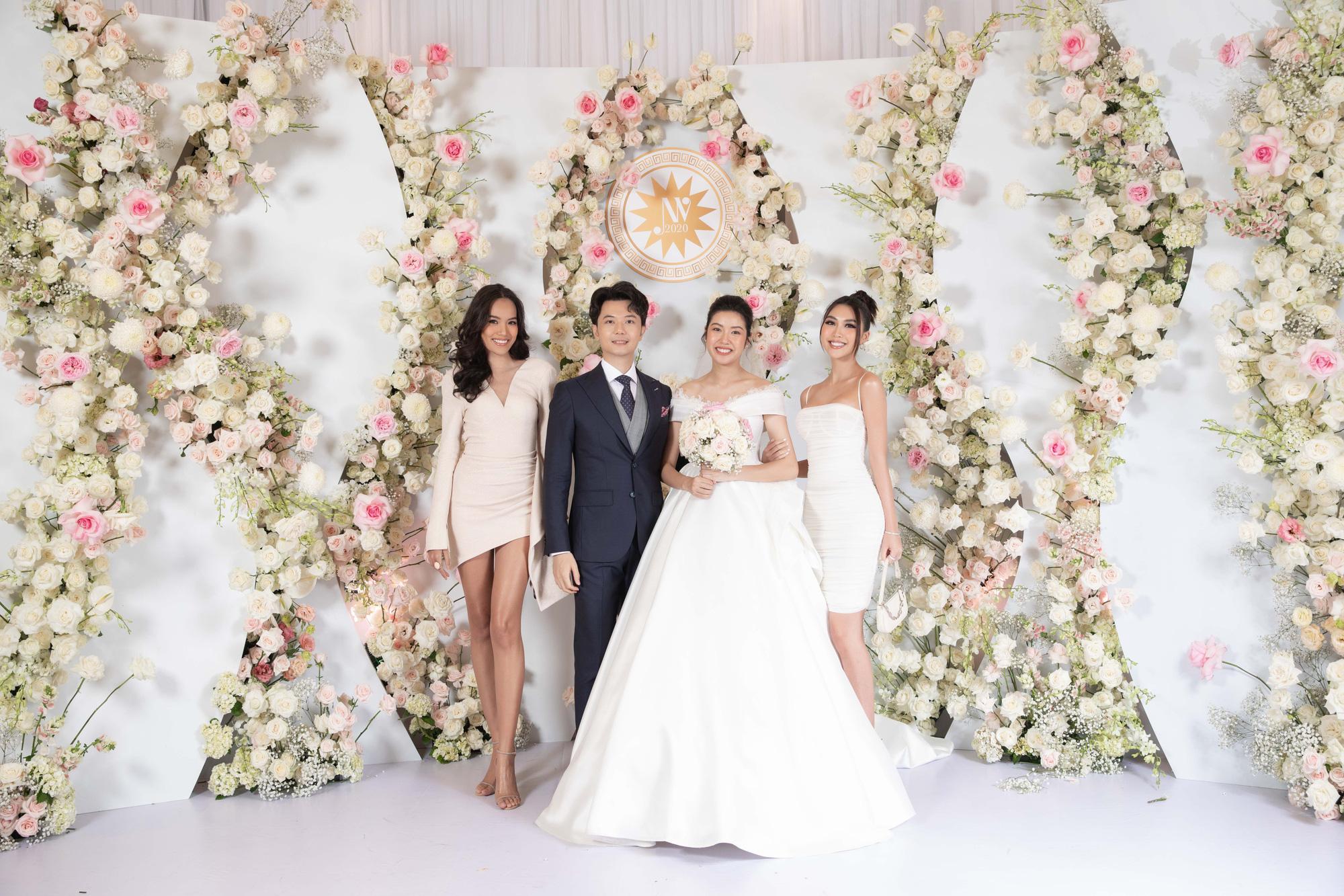 Sexy nhất dàn khách mời đám cưới Thúy Vân, Tường Linh lại bị soi thấu một chi tiết lộ liễu kém duyên - Ảnh 3.