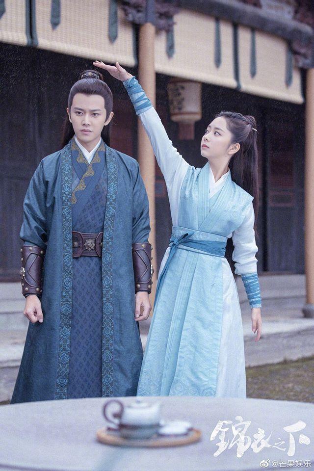 Muôn kiểu cục tính của nam chính phim Trung: Đáng sợ nhất là Vương Nhất Bác toàn cho bạn diễn lộn nhào té khói - Ảnh 10.