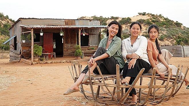 Dàn sao đình đám phía Nam đổ bộ truyền hình Việt tháng 8 nhưng sao đời cô nào cũng trái ngang thế này? - Ảnh 1.