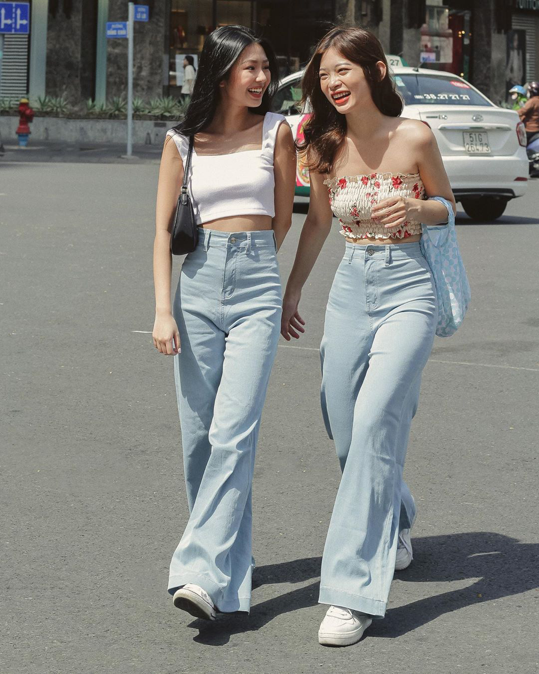 Cùng chế quần thành áo nhưng stylist của Rosé được khen hết lời, stylist của ITZY lại bị chê không ngóc nổi đầu - Ảnh 12.